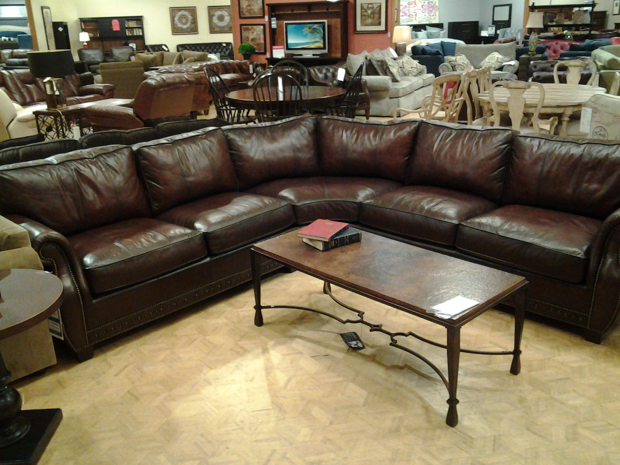 Dillards Furniture Sofas hmmi